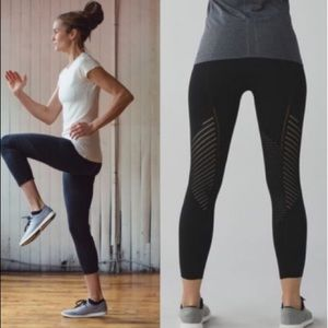 Lululemon Black Boho Time Warp Yoga Sport Leggings